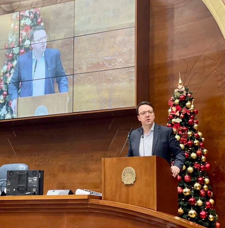 Николоски: Власта не успеа да го изгласа спорниот законот за ГаМа, продолжуваме со борбата за правда