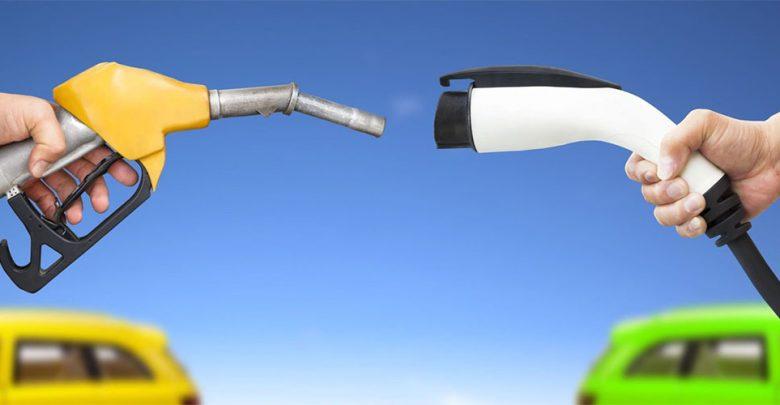 По 2035 година, Јапонија останува без автомобили на бензин