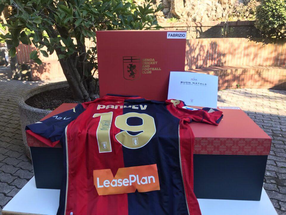 ФОТО: Џенова со дресот на Горан Пандев испрати порака до навивачите