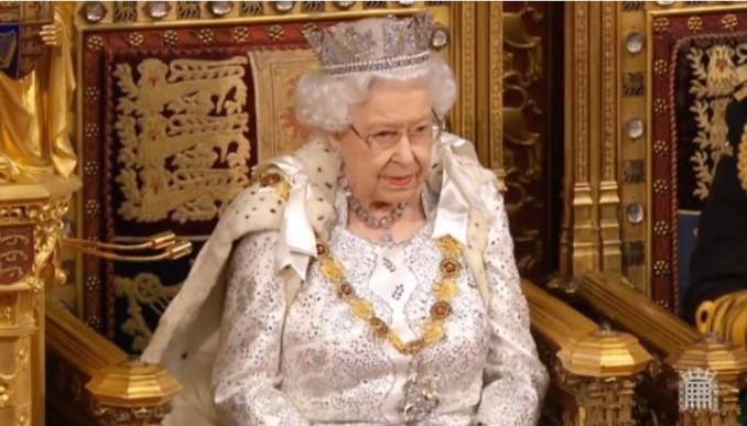 Кралицата Елизабета Втора со божиќна порака до граѓаните