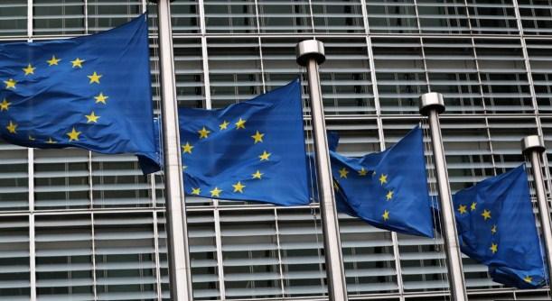 ЕУ денеска ќе расправа за воведување на сертификат за вакцинирање што ќе го олесни патувањето во Унијата