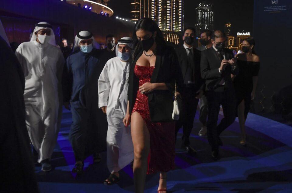 ФОТО: Сите гледаа во Георгина во Дубаи, имаше и зошто