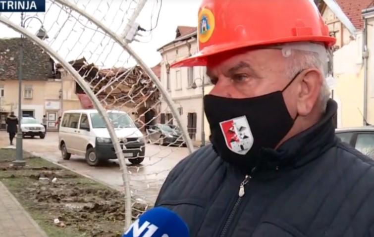 Градоначалникот на Петриња: Ова е борба за опстанок!