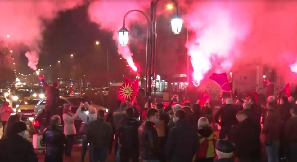 Сајкоски: Заев нема право да ги менува идентитетот, историјата и јазикот, народот се крена и кажа доста е на лошите политики
