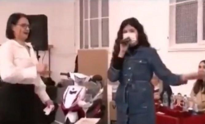 Ќерката на градоначалникот на Лозово го доби шпоретот од општината, па со фамилијата го донираа