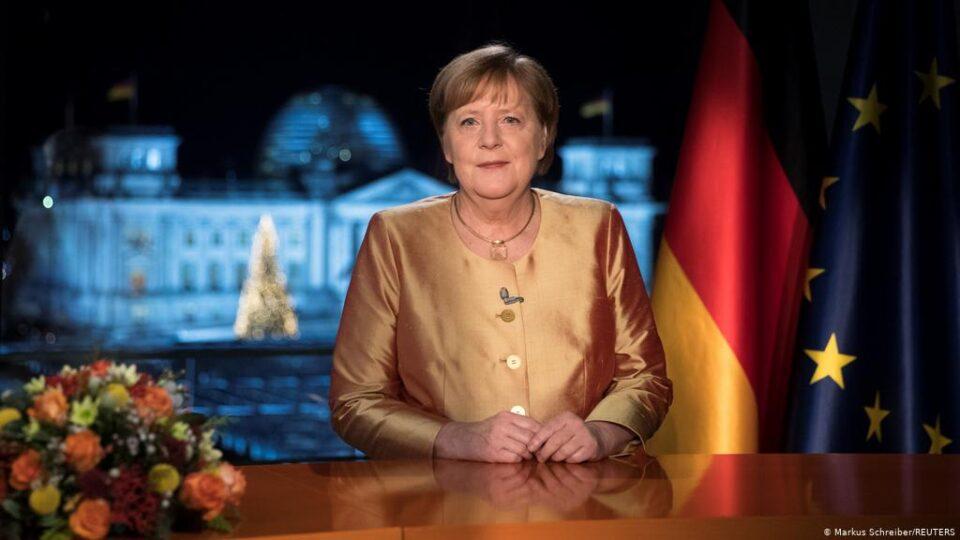 Меркел: Борбата против Ковид-19 е задача на векот