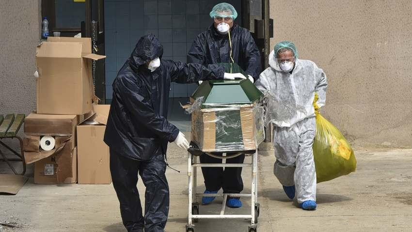 Кој ќе одговара што семејствата плаќаа илјадници евра за лимени ковчези за починати од Ковид?