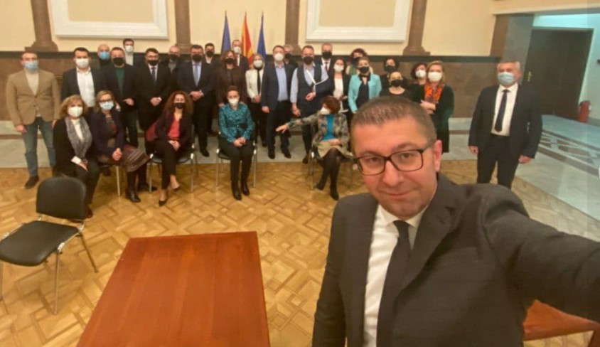 Мицкоски со порака од Собранието: Борбата за Македонија и граѓаните е секогаш и секаде