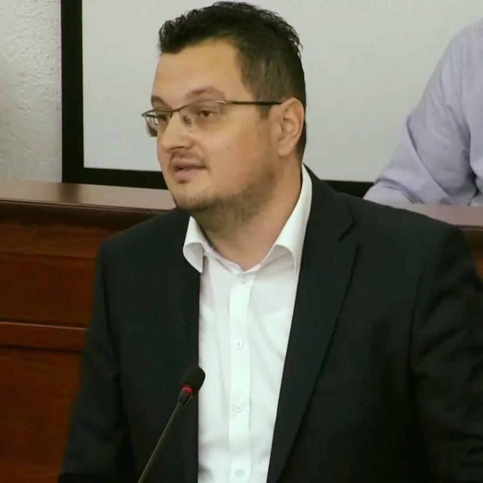 Јанкуловски за буџетот во Битола: Нереален, предимензиониран и лажен буџет за 2021 година!
