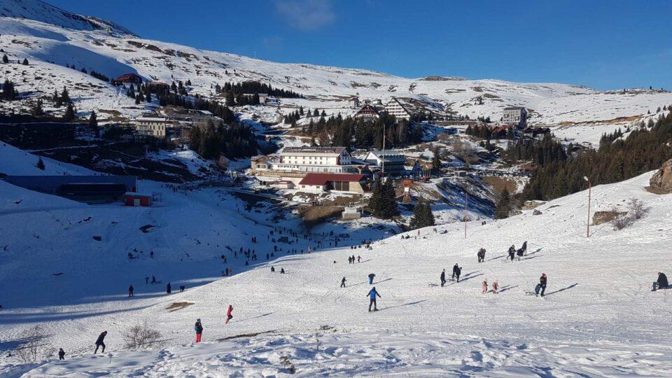 Ски центарот Попова Шапка со важно известување до скијачите