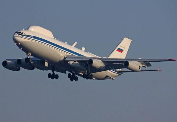 Продолжена забраната за летови од Русија кон Велика Британија