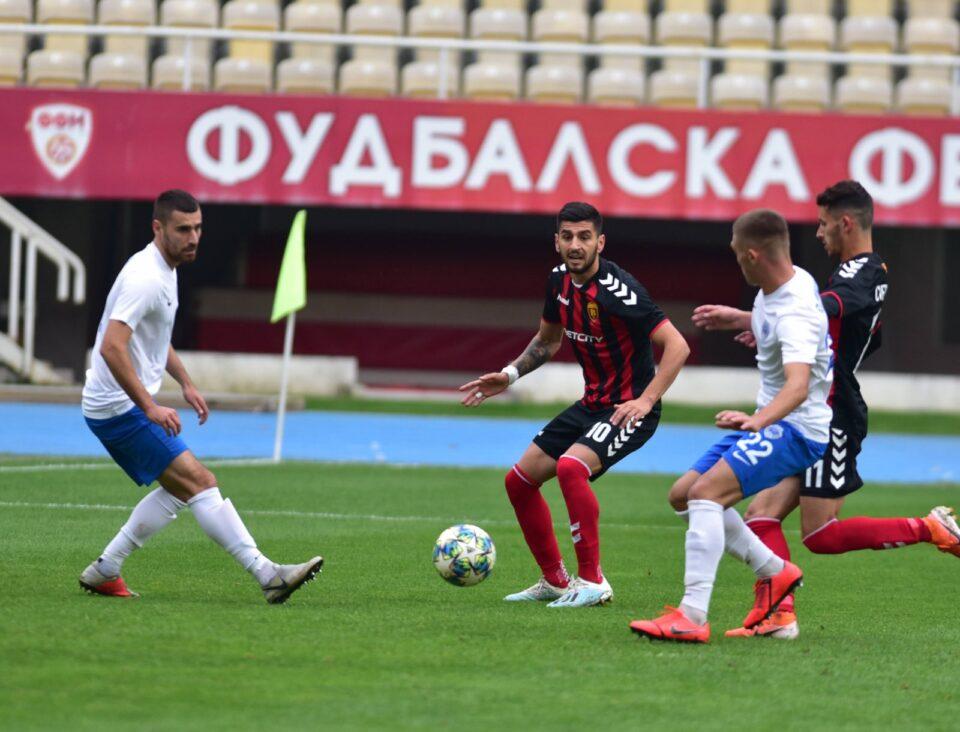Шкупи и Вардар одиграа нерешено во дербито на колото