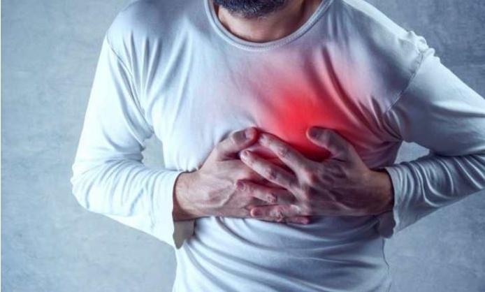 Бидете внимателни и одете на лекар: Коронавирусот остава последици врз срцето