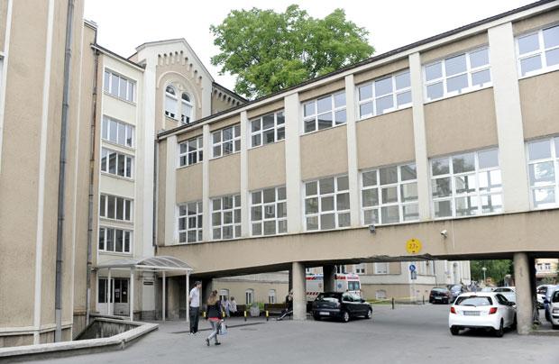 Секој трет вработен во Ургентниот центар во Белград е заразен со коронавирус
