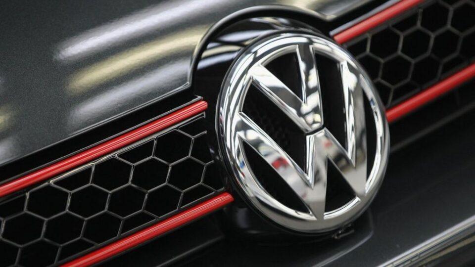 """""""Фолксваген"""" повлекува 38.000 автомобили заради проблем со педалата на сопирачката"""