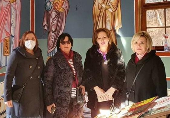 Пратеничката Жаклина Пешевска со жените од партијата присуствуваа на чествување на Бадник и Божиќ во Јегуновце