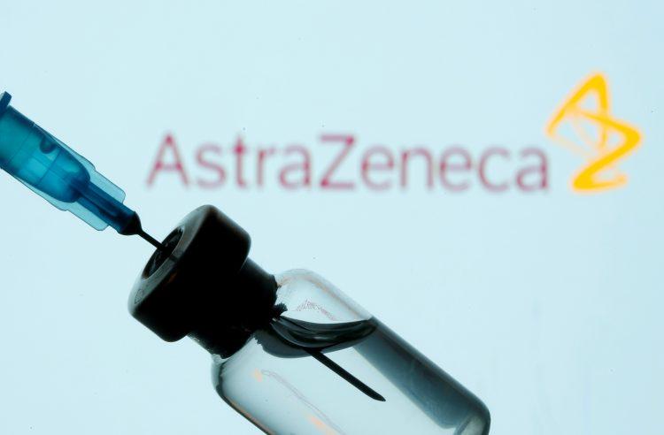 Во Канада одобрена вакцината на АстраЗенека