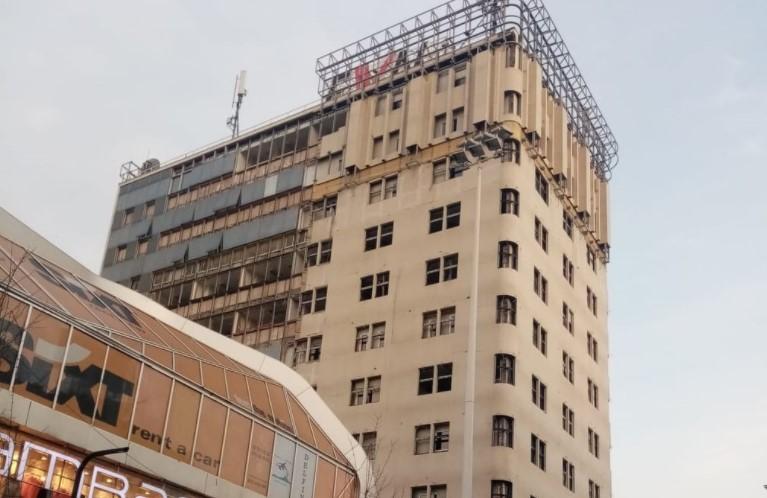 Додека граѓаните едвај преживуваат, Владата доделува милиони евра народни пари за фасади
