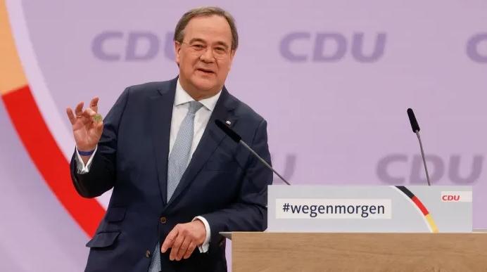 Избран наследникот на Меркел, ова е новиот претседател на ЦДУ