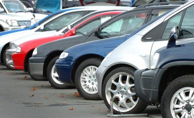 Почна регистрацијата по половина цена на возилата со странски таблички