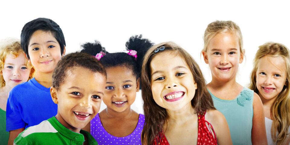 Од децата можеме многу да научиме: Зошто тие се посреќни од возрасните?
