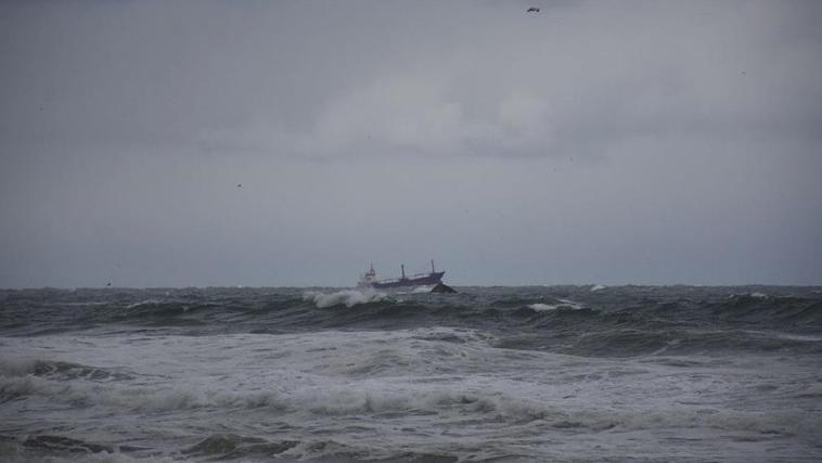 ЛОШИ ВЕСТИ: ДВАЈЦА МОРНАРИ СЕ УДАВИЛЕ – од потонатиот руски брод спасени се само 5 морнари