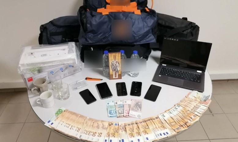 Разбиена меѓународна мрежа на шверц со дрога во Солун и запленети 324 килограми кокаин