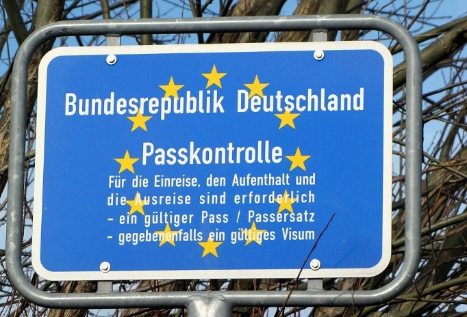 Германија ја зајакнува контролата на границите, при влез во земјата потребен е негативен ПЦР тест