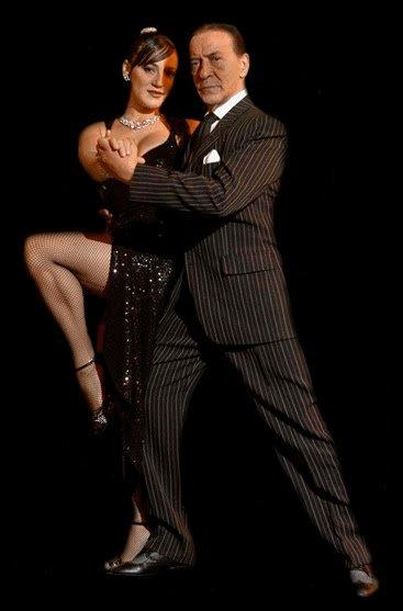 Легендарниот танчер на аргентинското танго почина како последица од коронавирусот