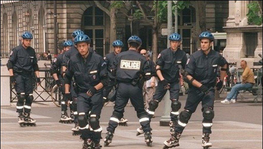 ВИДЕО: Ова е новото оружје против криминалците, полицајци на ролерки