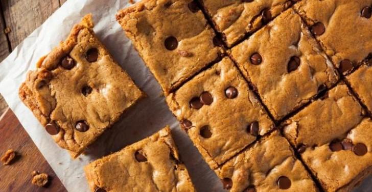 Ви требаат само 5 состојки и малку време: Направете го овој превкусен колач