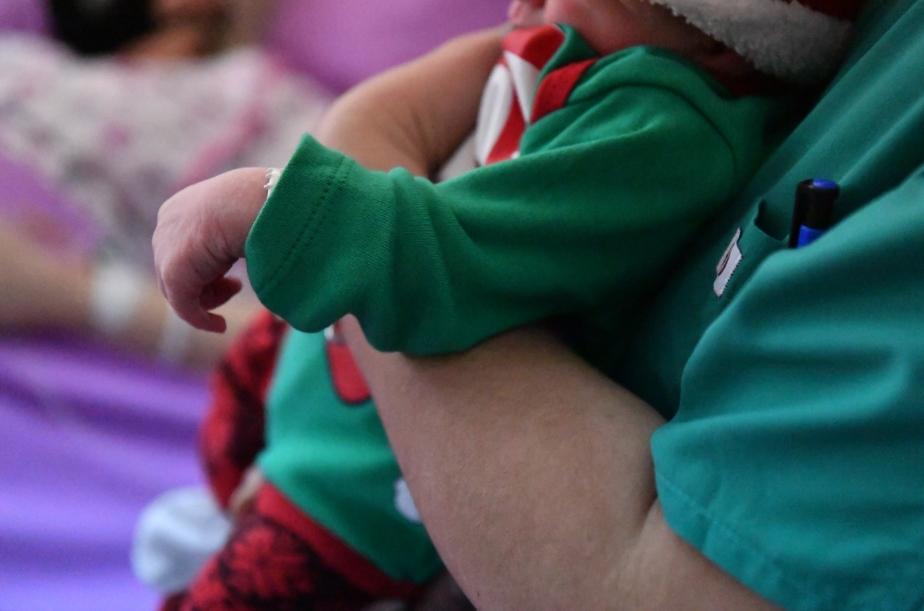 ФОТО: Ова се првите бебиња родени во 2021 на ГАК, две момчиња и едно девојче