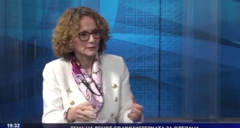 Шекеринска призна гаф, ама не дава детали зошто биле вратени офицерите од НАТО