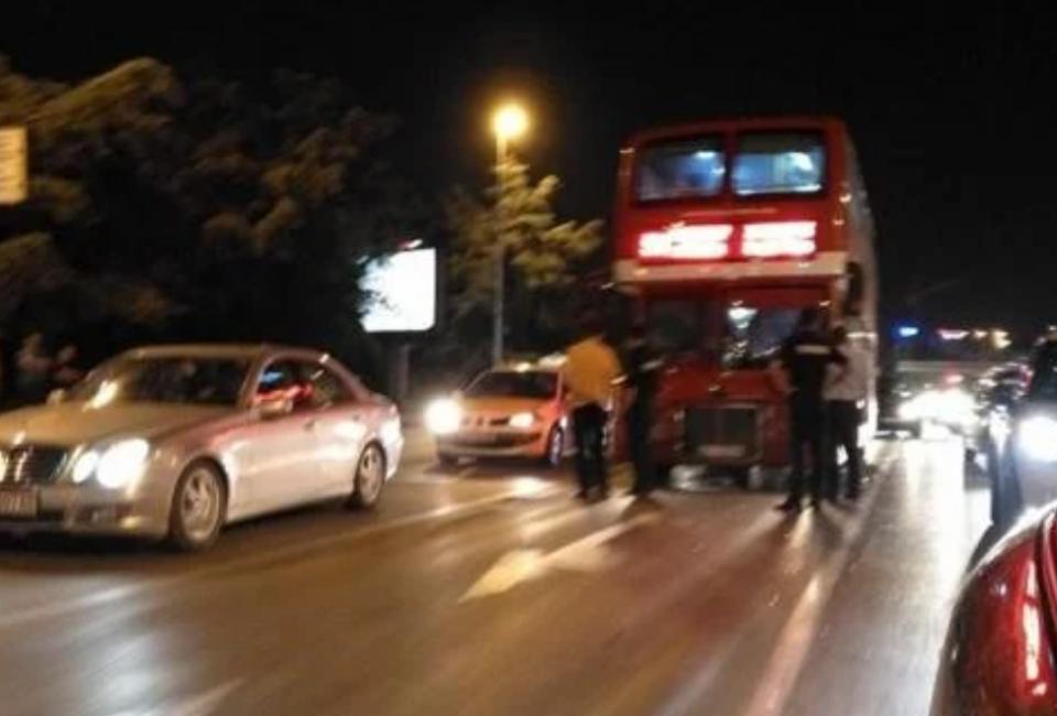 ЈСП Скопје: Нема повредени патници во сообраќајката во Автокоманда