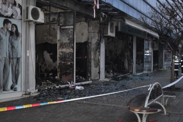 """Милошоски: Одговорноста за нефункциониот противпожарен систем во """"Глобал"""" води до општината и сопствениците"""