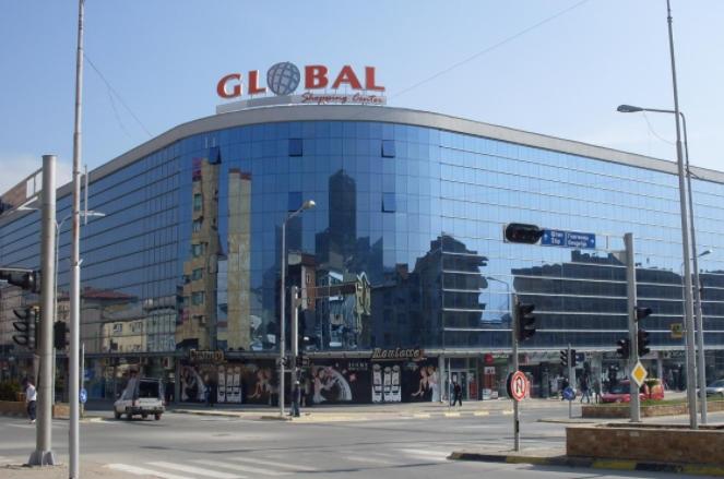 """Владата им препорачува на државните институции да донираат пари за обновување на """"Глобал"""""""