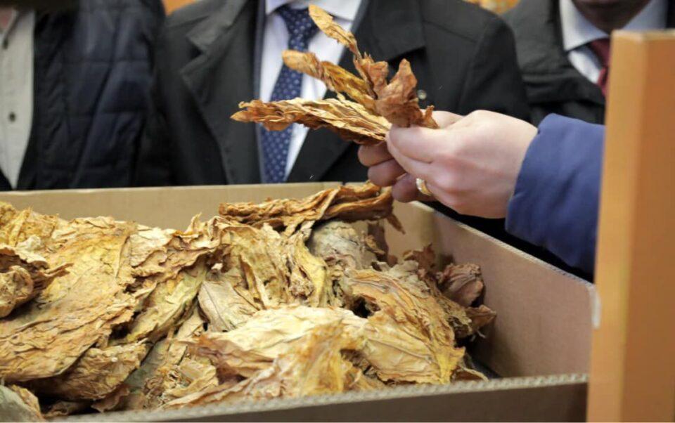Увезувале тутун на незаконски начин, кривична пријава за избегнување на плаќање акциза во вредност од 4,7 милиони евра