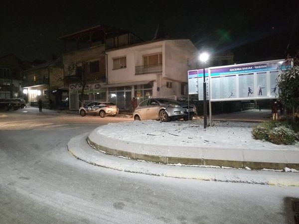 Снегот прави проблеми и во градот на Заев: Од струмичките власти вечерва ни трага ни глас (ФОТО)