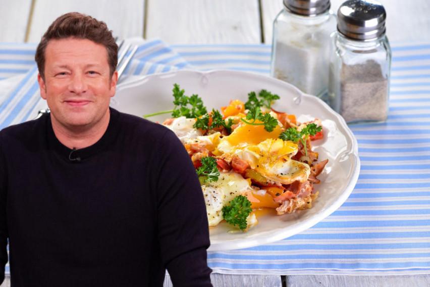Џејми Оливер сподели неверојатен рецепт за ручек за четворица: Сè што ви е потребно чини околу 200 денари!