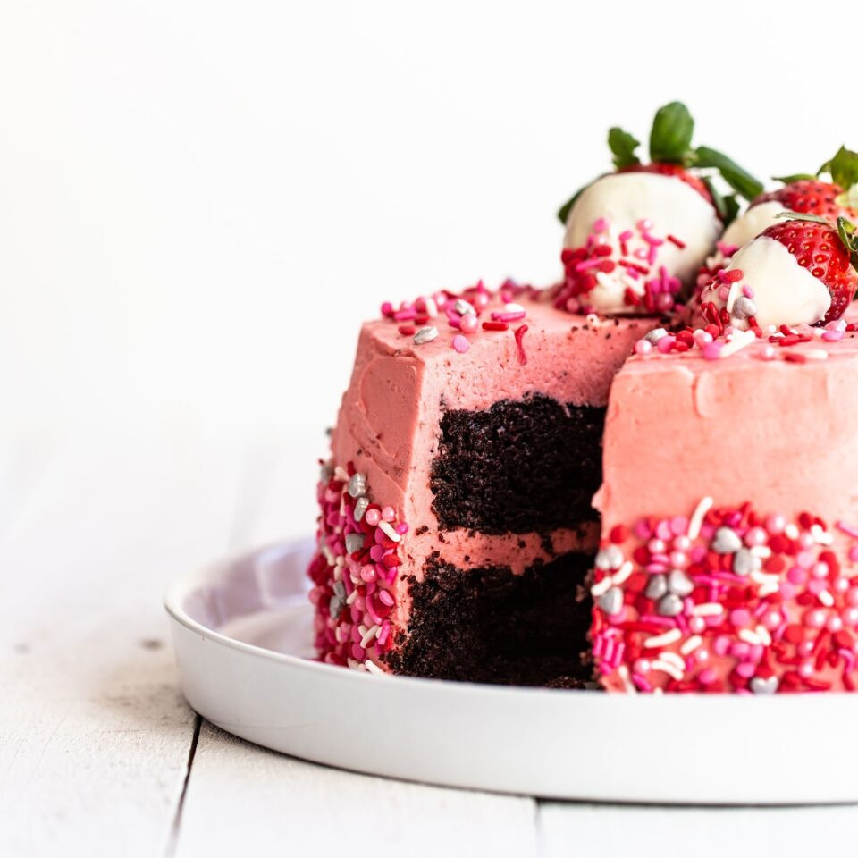 Брза торта за Денот на вљубените: Најслаткиот начин да покажете љубов!