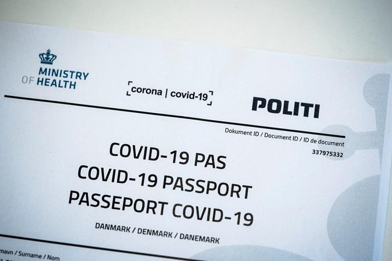 Шведска воведува дигитален корона-пасош од 1 јуни