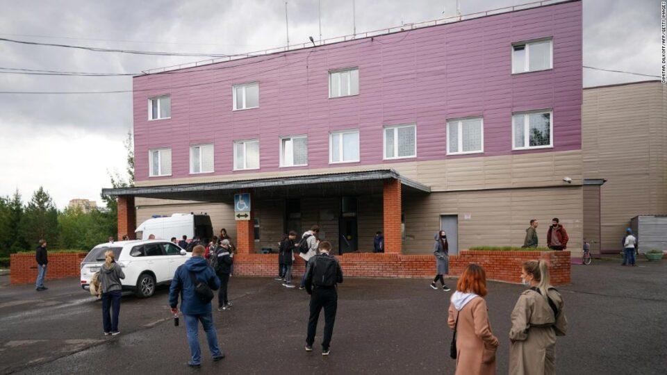 Ненадејно почина лекар во болницата каде првично се лекуваше Навални