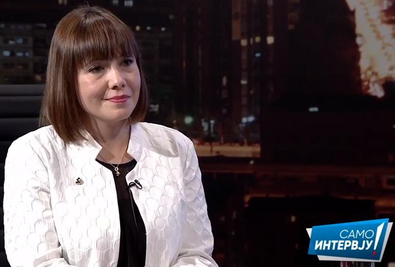 """Коментари на социјалните мрежи-Царовска мета на критики: """"Не e чудо што ги промени сите министерства кога лаже повеќе од нивниот лидер"""""""