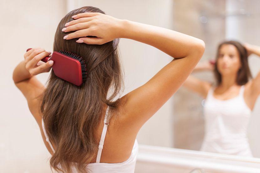 Овој домашен рецепт долго го бараа жените кои имаат проблем со косата – еве го!