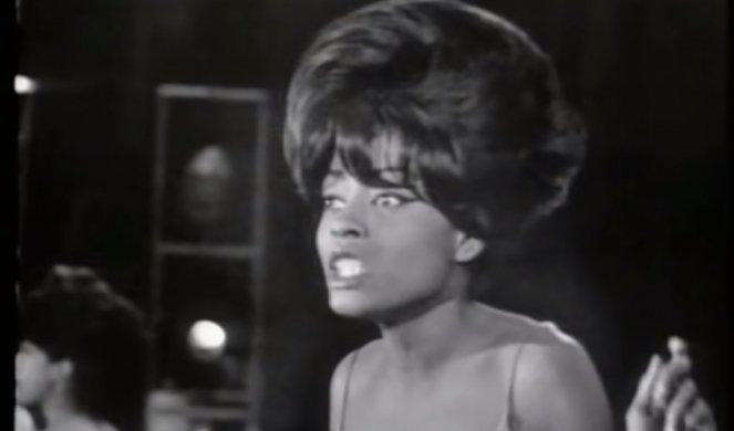 Почина легендарната пејачка Мери Вилсон