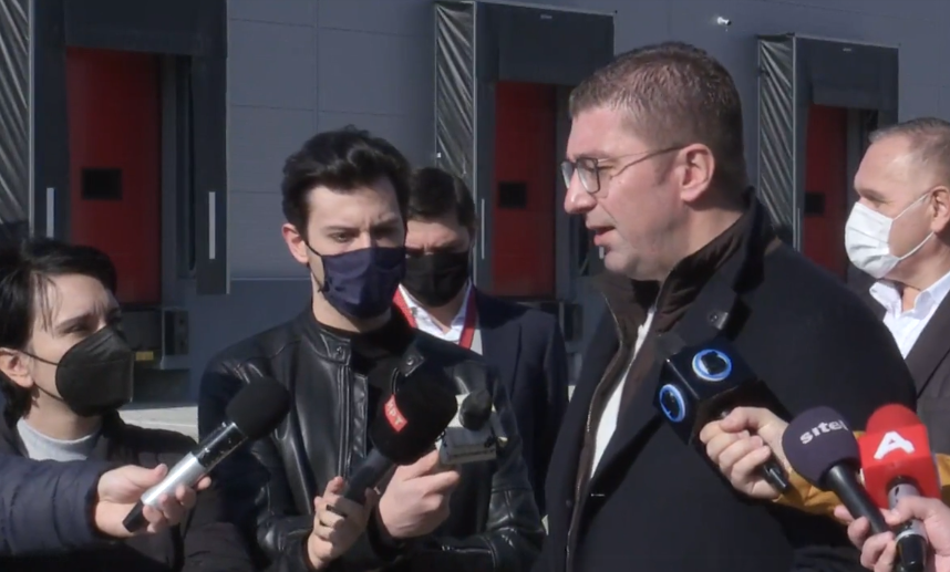 Мицкоски: Не обвинуваа дека шириме лажни вести, за сега американскиот институт да потврди дека Владата на Заев шири лажни вести за Ковид-19