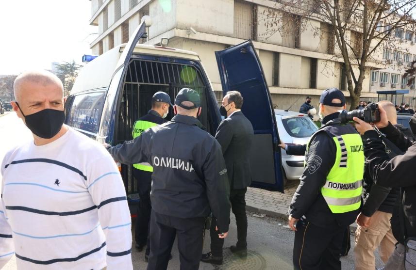 Мијалков со полициска придружба од дома спроведен во Затворот во Шутка