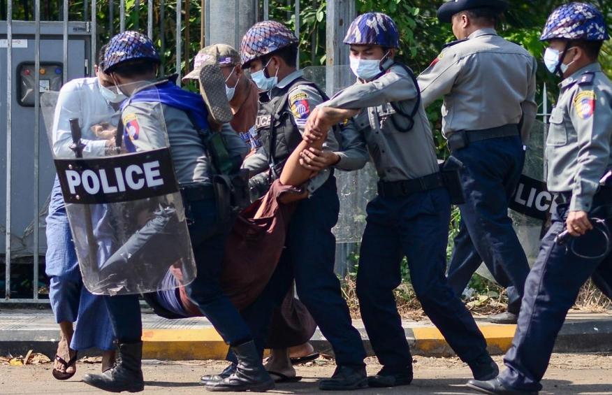 Од воениот преврат во Мјанмар се убиени 581 лице