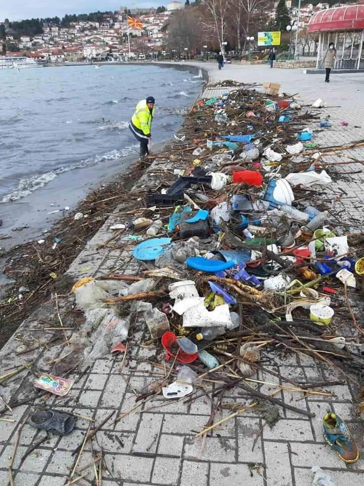 ФОТО: Природата едноставо го врати ѓубрето кое во минатиот период било фрлано во Охридското езеро
