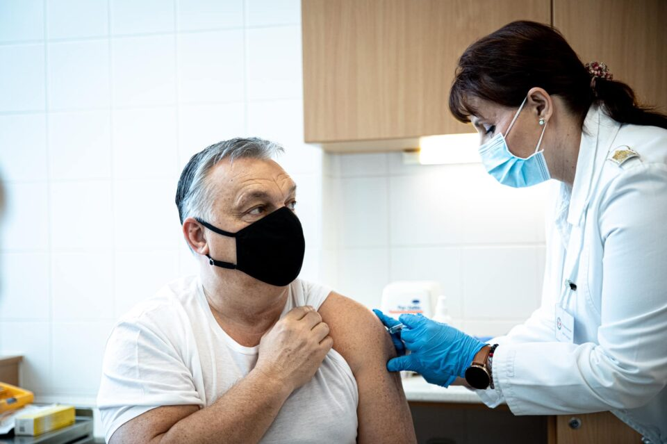 Орбан: Брисел го зафркна снабдувањето со вакцини, јасно е дека нешто не е во ред